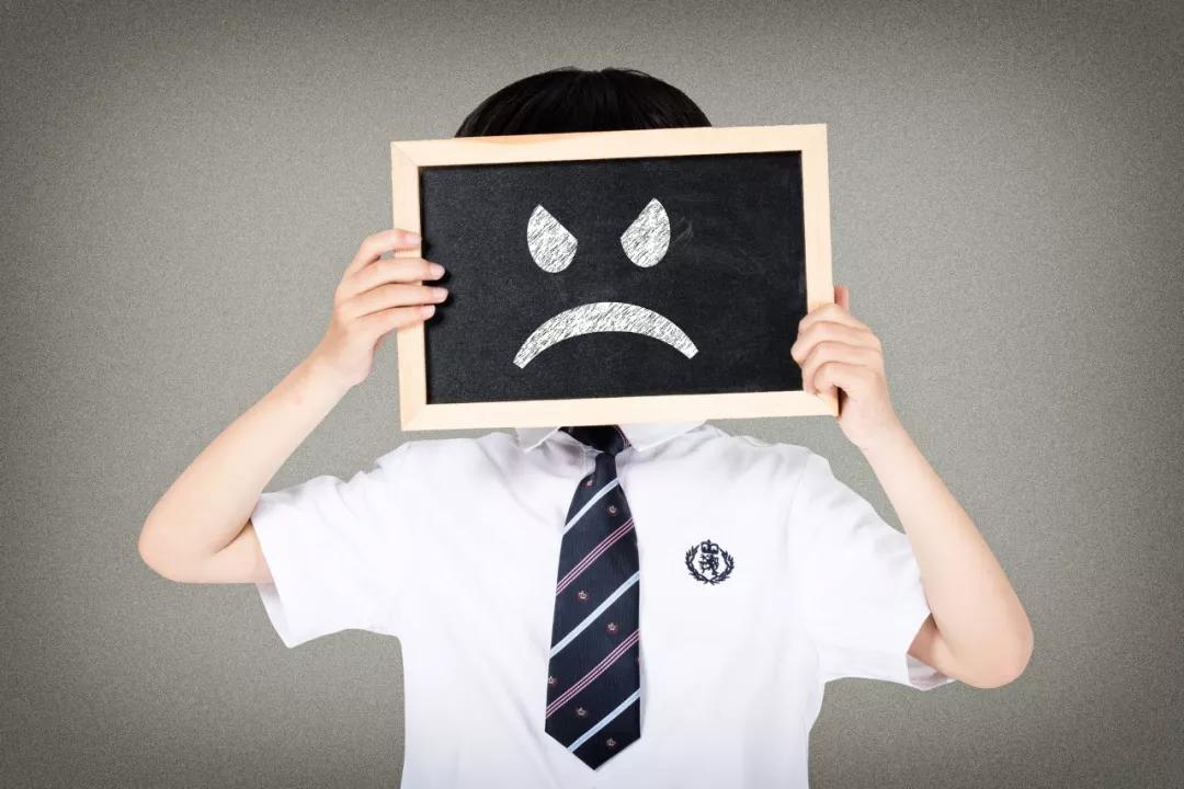 哪些因素会促使多动症孩子情绪越来越暴躁?----海英博士