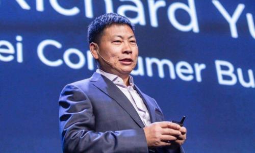 余承东:华为新系统将面世,华为OS对比苹果IOS,安卓得靠边站!