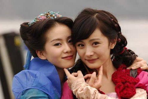 杨幂新剧接棒刘诗诗的剧在湖南卫视播出,两人口碑收视号召都下降