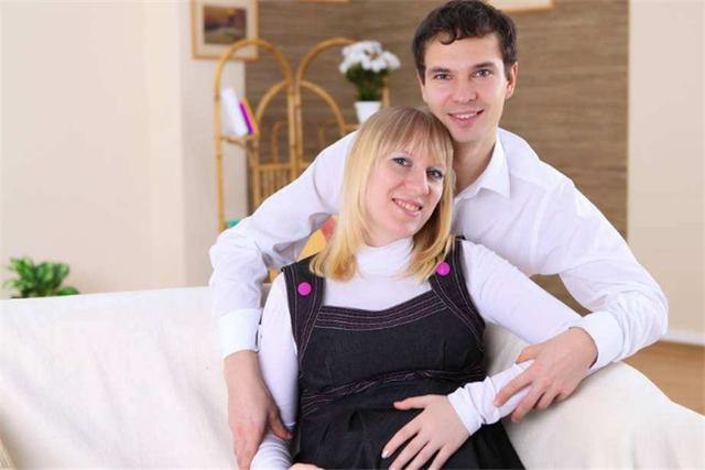 为产后夫妻的正常生活,多数孕妈执意选择剖腹产,真的值得吗?