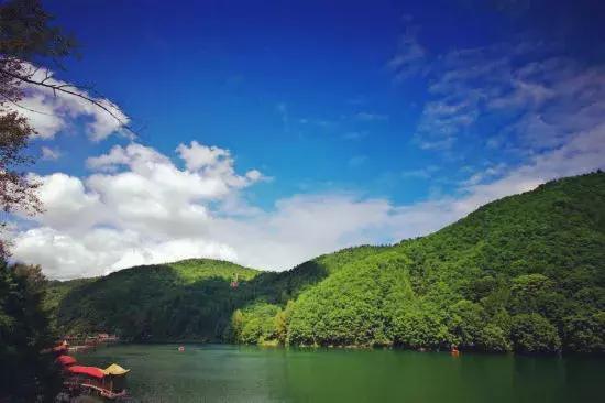 唯爱青山湖