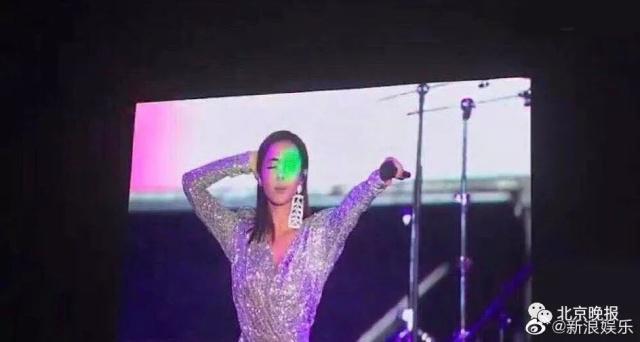 蔡依林音乐节上遭激光笔照眼睛,或造成不可逆伤害