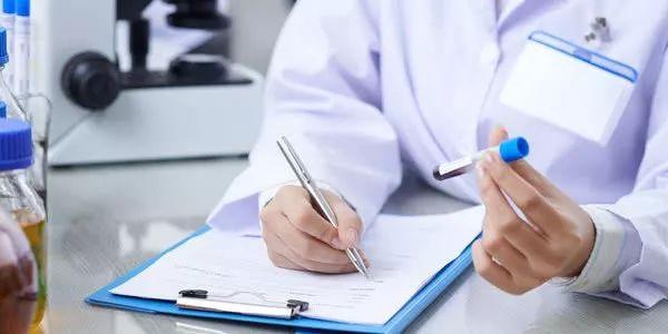 """【防癌】那些""""发现即是晚期""""的癌症有救了!医生:高危人群一定要做这个筛查"""