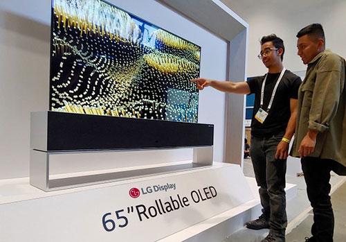 """中国首条大尺寸OLED电视面板生产线将量产,中国彩电市场将开启""""OLED时代"""""""