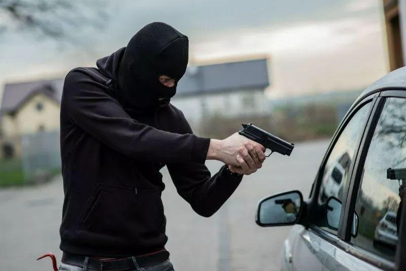 墨尔本华人区惊现非裔大盗!凶徒持刀4小时连抢10人!