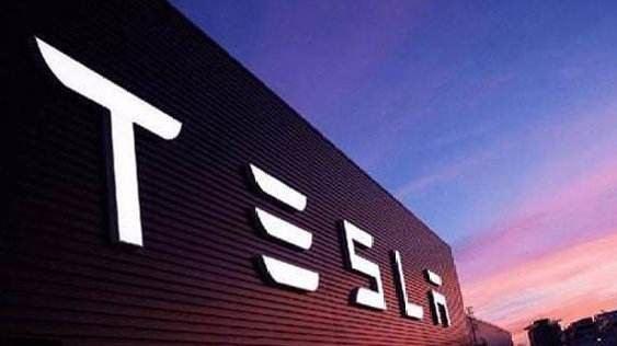 特斯拉收购SolarCity几乎惨败,最好出售或剥离其太阳能业务   5月27日坏消息榜