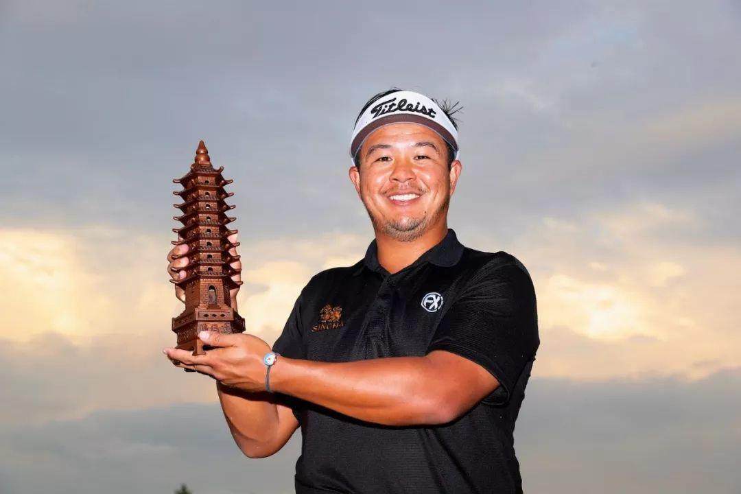 南通锦标赛雨中收官 泰哈卡诺本加洞绝杀夺个人第二冠 徐国振获中国内地最佳