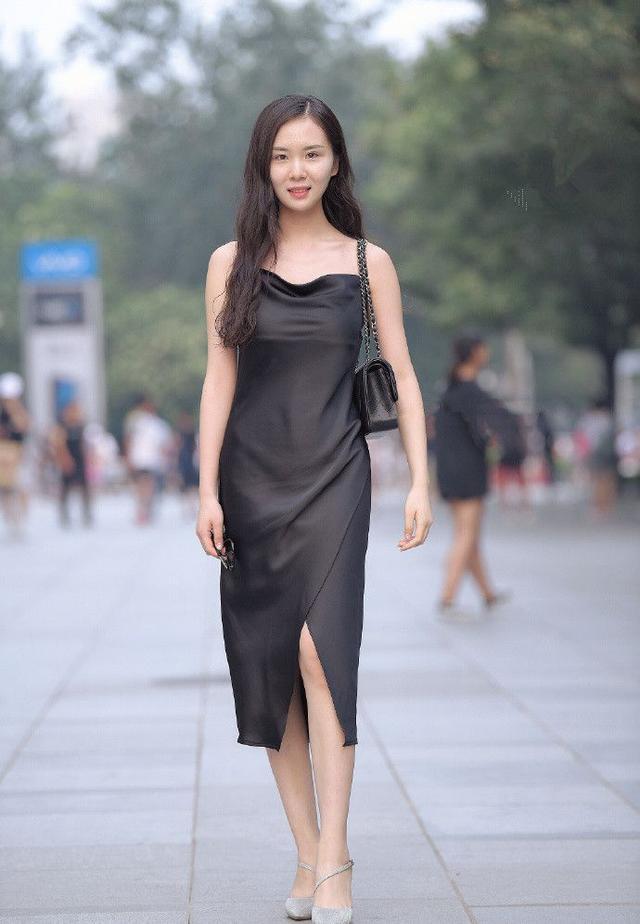 一双高跟鞋,让你轻松穿出夏日的气质时尚图片