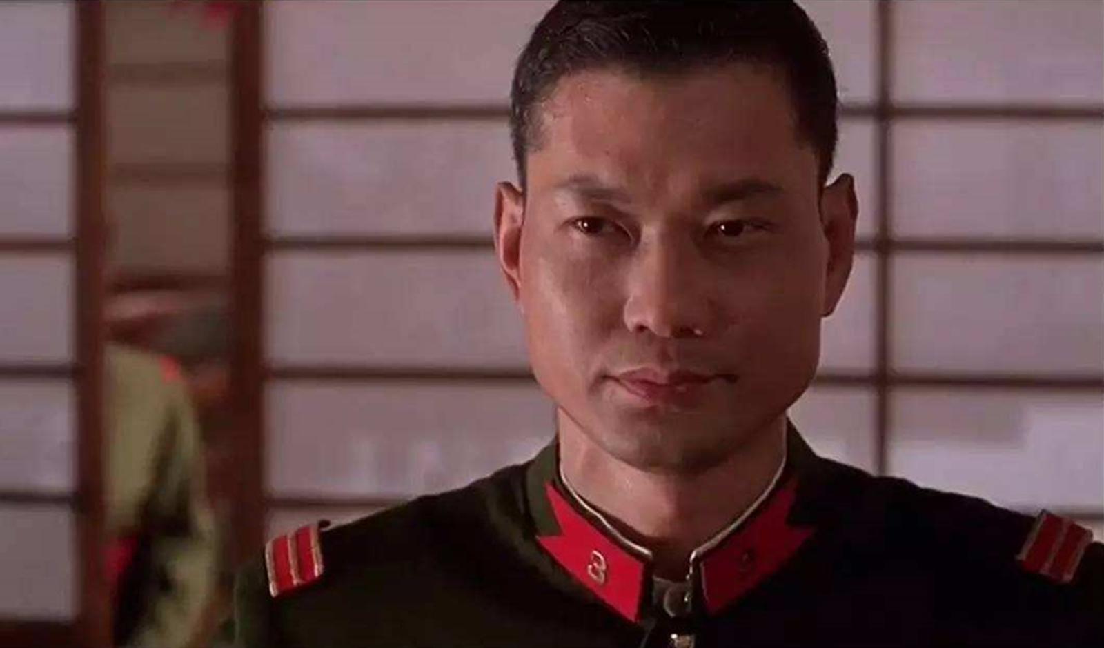 李连杰被他一脚踹飞,洪金宝直言打不过他,吴京更是直接投降了