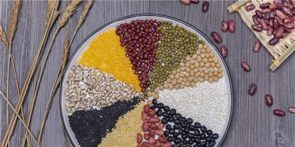 杂粮用白米面的方式储存,那就大错特错了