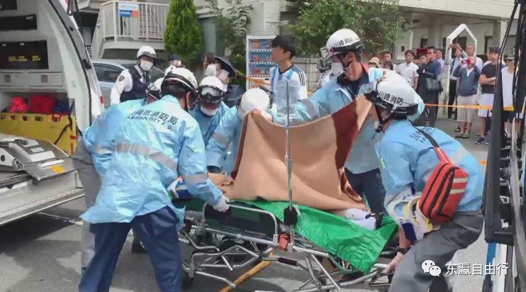 日本男人砍杀19名路人,多数小学生…凶手死亡