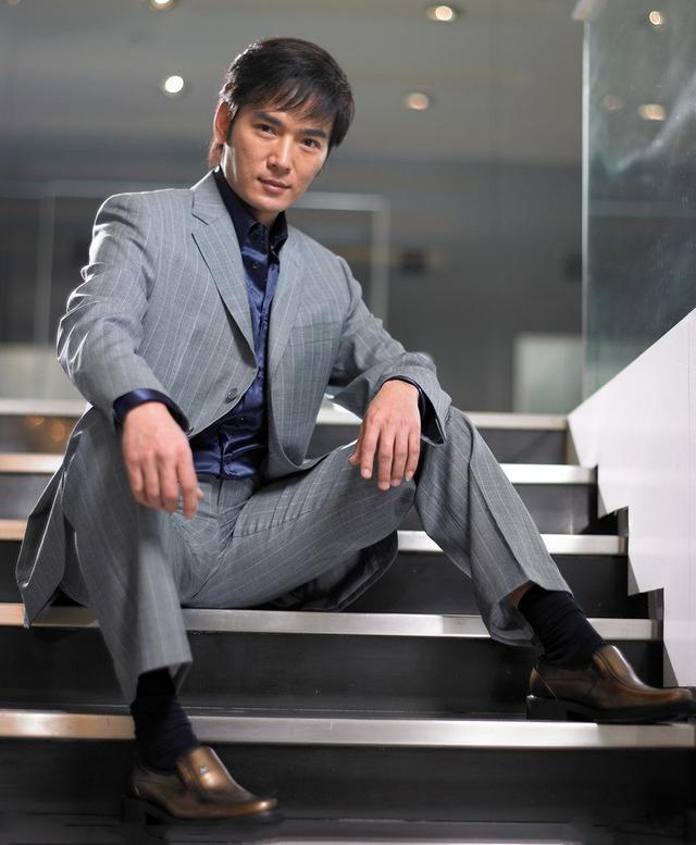 中国影视男演员:焦恩俊
