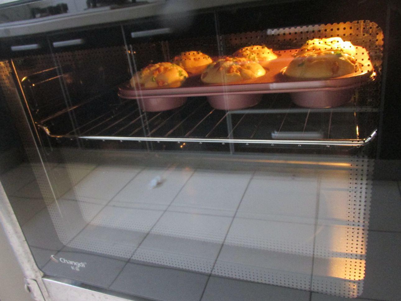 2个鸡蛋1把面粉,搅搅拌拌,简单零失败,3步就做出喧软的小蛋糕,孩子超喜欢