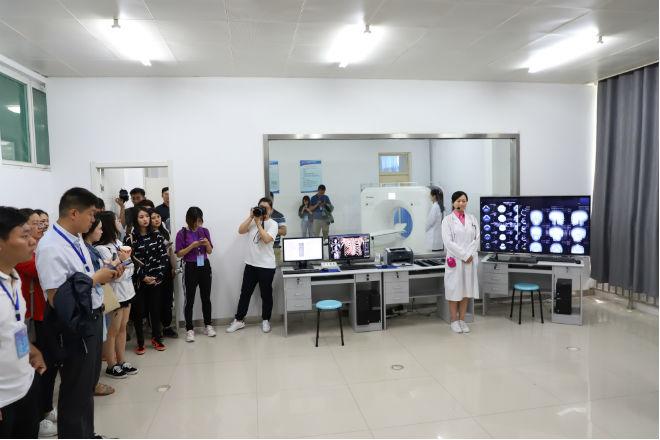 原创济南护理职业学院:模拟CT实训室 实现教学理实一体化