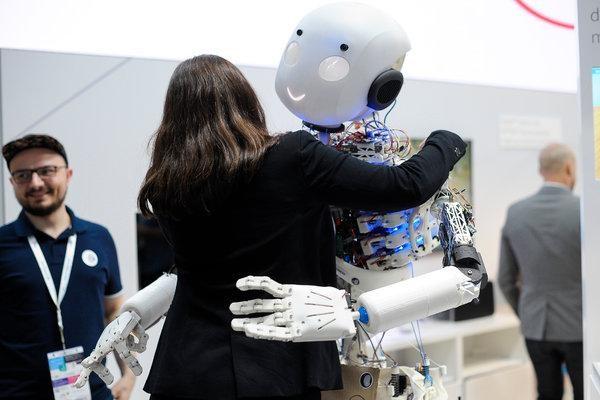 人工智能应用于医疗保健黑暗面的警告 | 硅谷洞察