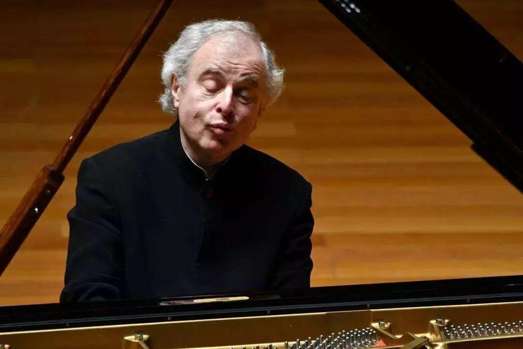 这些钢琴大师弹的巴赫,你都听过吗?
