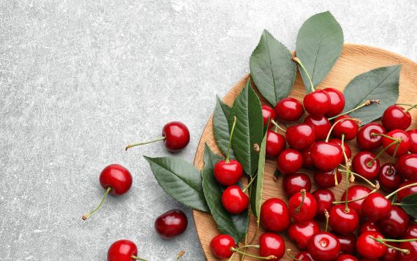 [精彩]夏天吃樱桃对白癜风的病情恢复有帮助吗