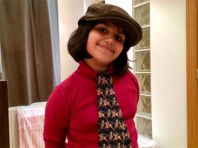 原创 13岁孟买女孩,智商超过爱因斯坦和霍金,梦想成为流行歌手