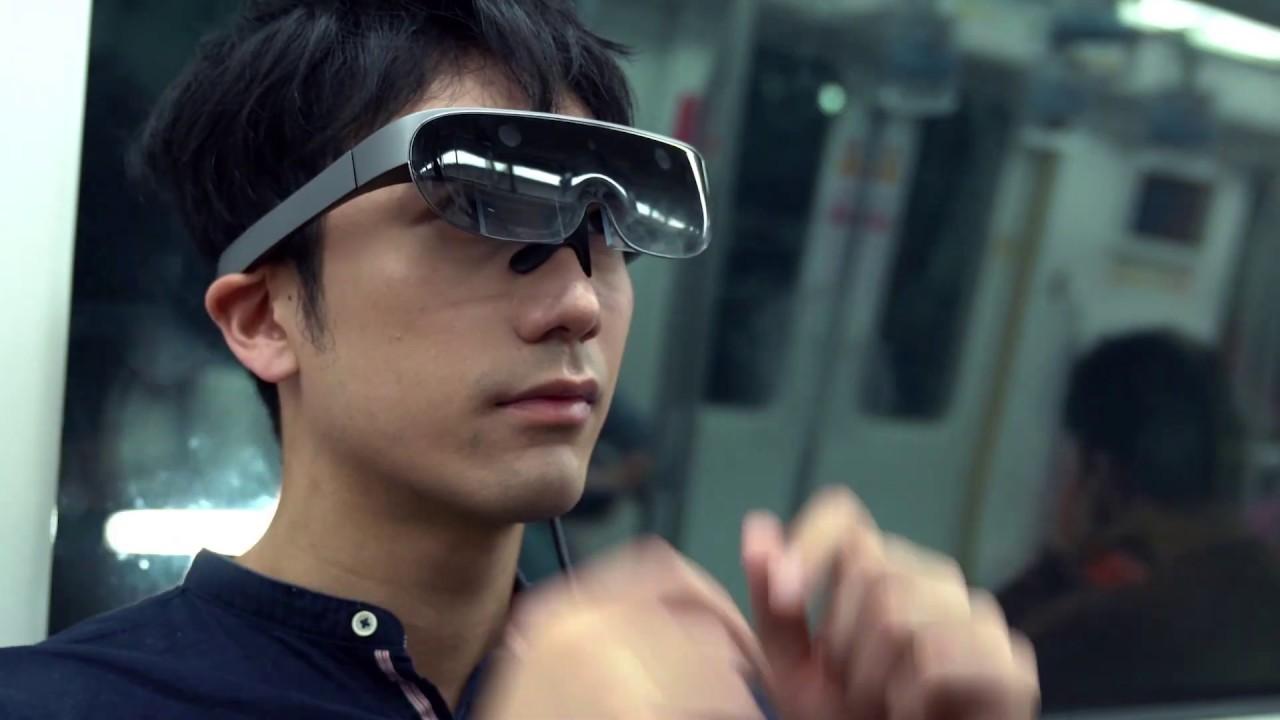 Rokid 发布新一代混合现实眼镜,随手接上手机就能用