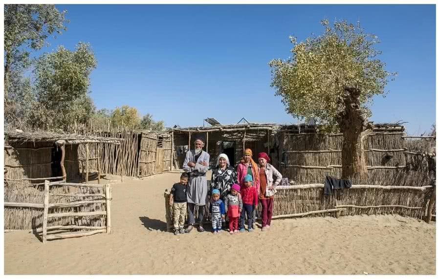 我国沙漠隐藏着一个民族,400年从未出沙漠,也没人愿意离开
