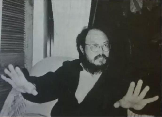 导演牟敦芾去世,作品《打蛇》《黑太阳731》,以大胆暴力着称
