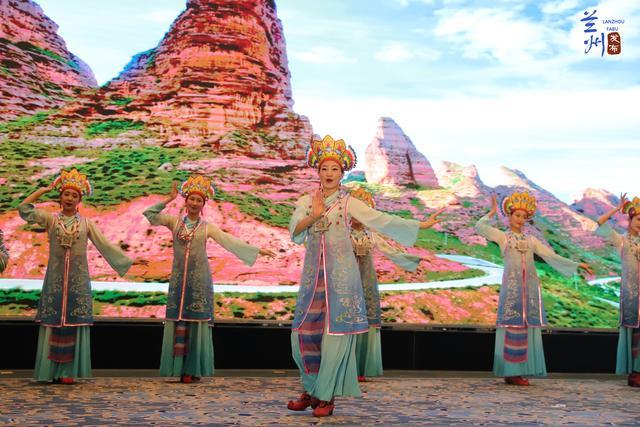 2019青海省黄南州文化旅游推介活动在兰举行