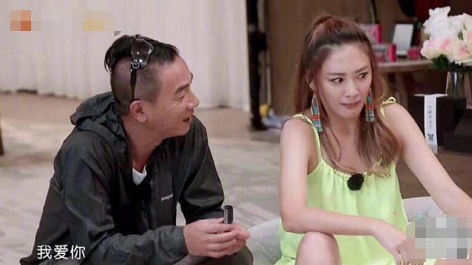 52岁陈小春采访表态:我的梦想就是生二胎!应采儿抓紧?