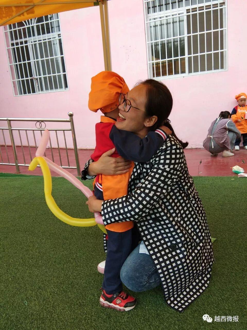 【欢庆】旌阳幼儿园首届美食游园活动,看看有没有你家娃~