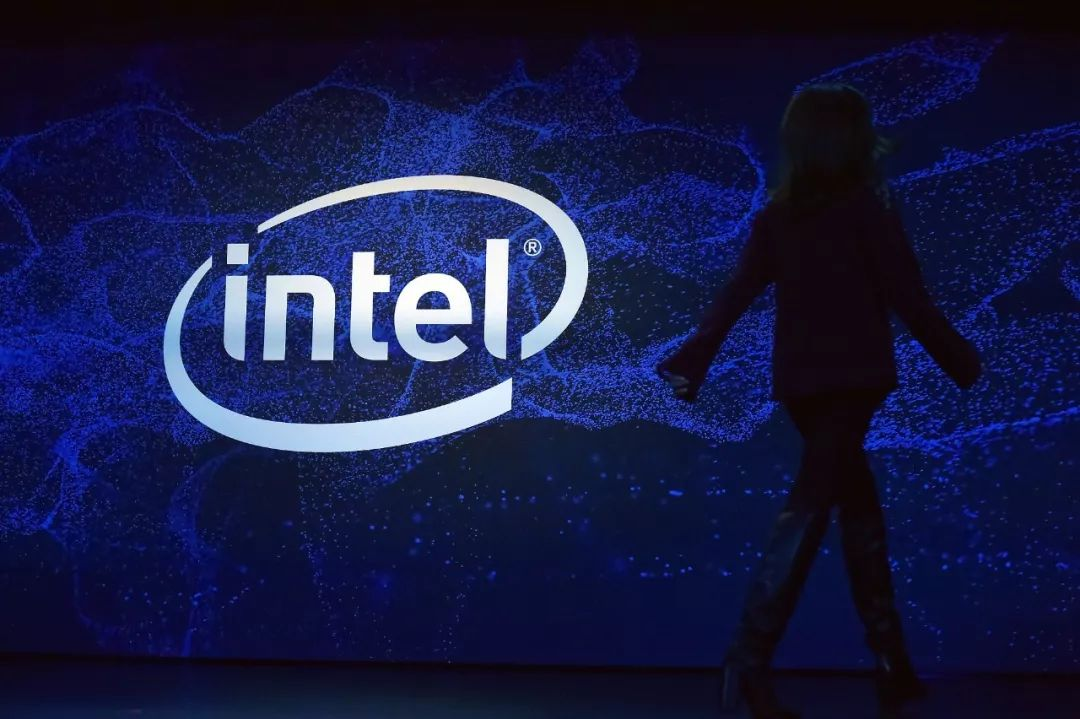 英特尔蚕食 AMD 和 Nvidia?