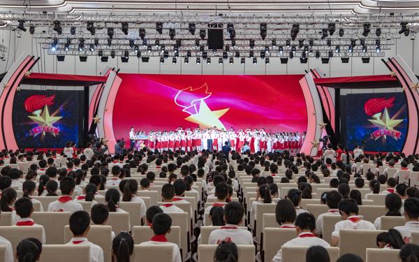 上海市第八次少代会上,少先队员的这些创意成果获市领导点赞