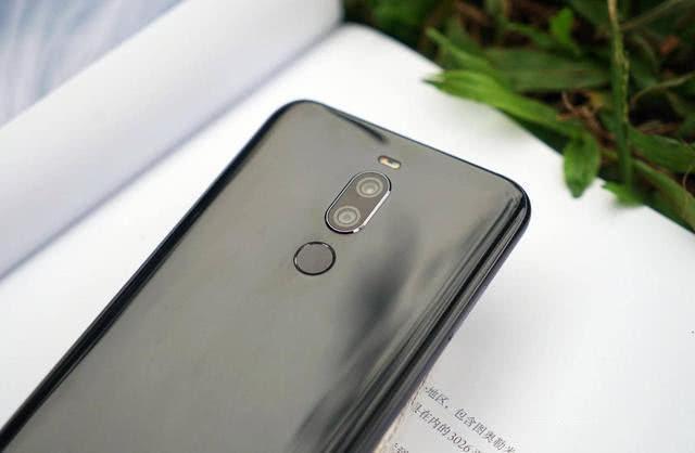 魅族的反击:骁龙710+高颜值+64G,已经降至最低价