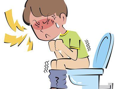 判断孩子是不是便秘,香蕉不但不能解决便秘,反而会造成大便秘结