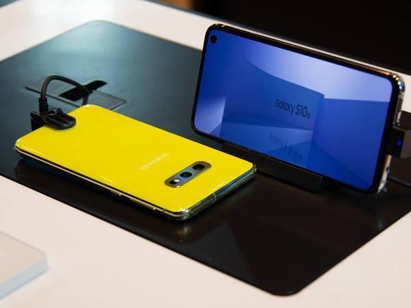 三星Galaxy S10e的侧面指纹识别,反人类还是炫科技?