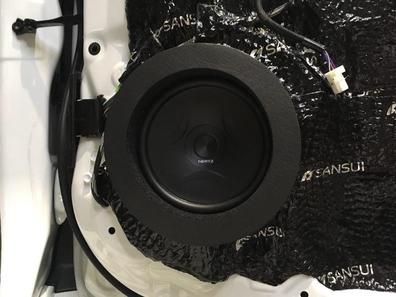 丰田普拉多给你的爱车一副 金嗓子 汕头星悦汽车音响改装定制享受天籁声音图片