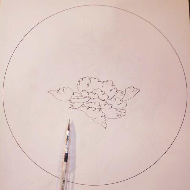樱花01针管笔+brush(软头笔)画花瓣,05针管笔画叶子和画蕾,枝茎.