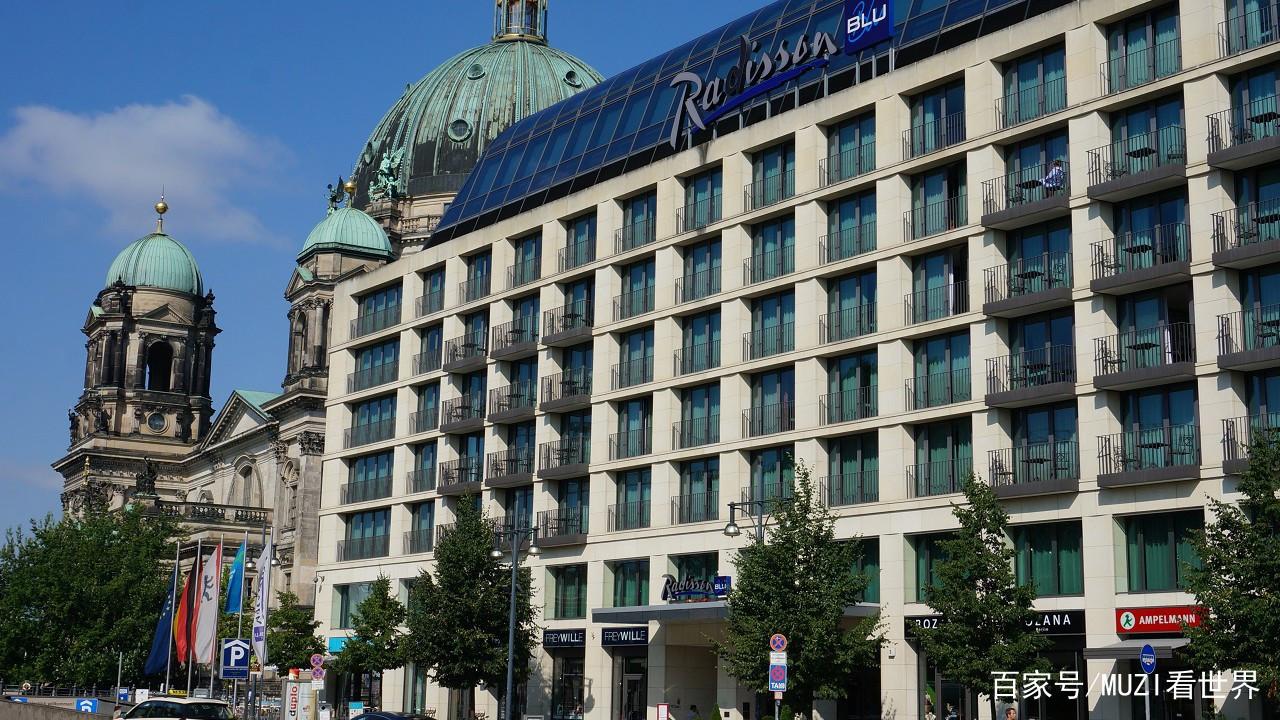 土豪耗资近1亿在酒店中建最大鱼缸每年吸引数十万游客! 西安水族批发市场 西安龙鱼第7张