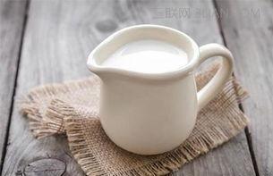 牛奶放坏了还能喝吗?满分喝牛奶(不浪费),你需要完成3个细节