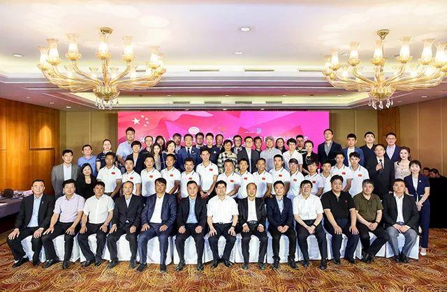 中国马术三项赛队新闻发布会:有信心在东京奥运会上争取