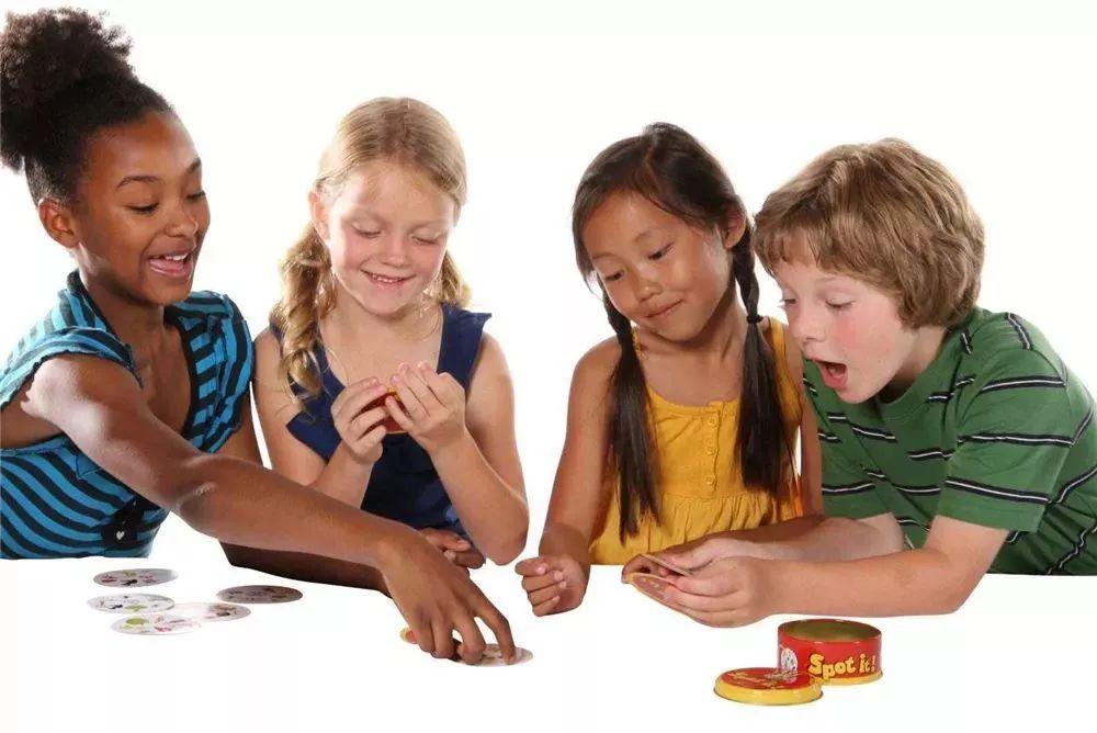 玩具推荐 | 这几款益智游戏,让家比游乐场还好玩!