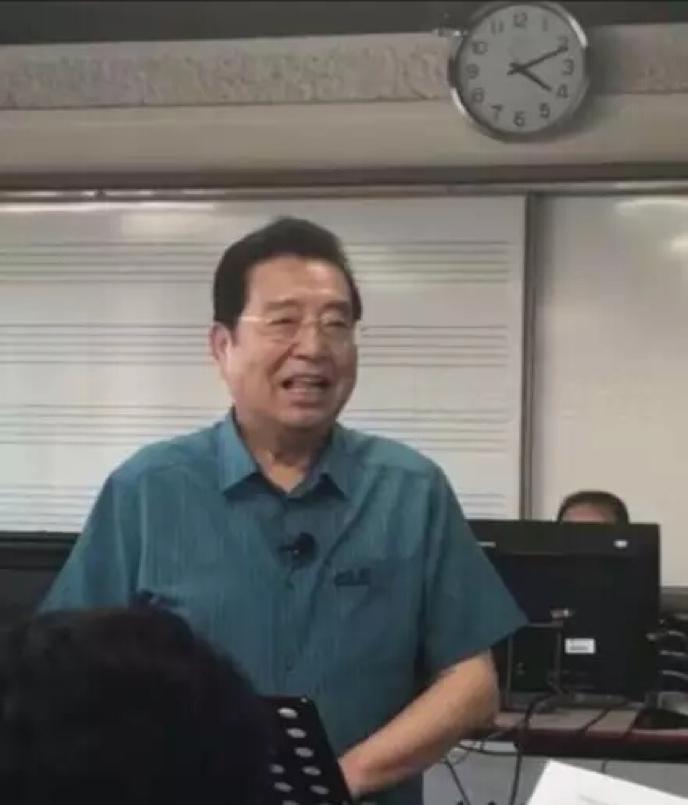 80歲李雙江近照曝光,身材發福和藹可親狀態好極了