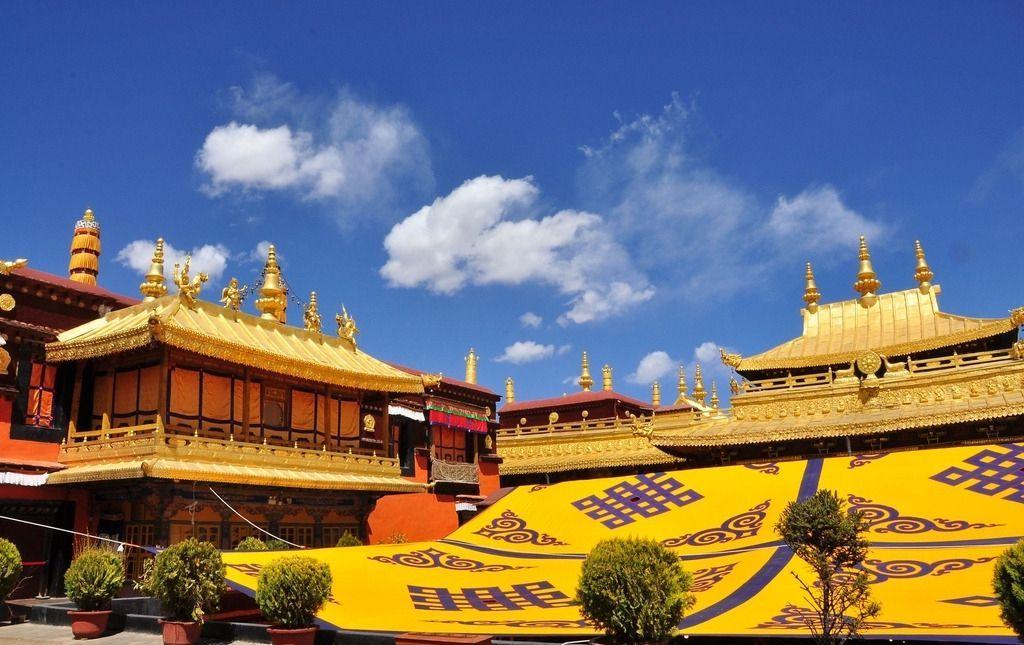 中国最豪古建筑,关键部位已永久对外关闭,耗费三十多吨黄金建造图片