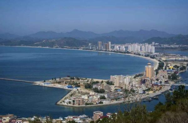大亚湾的经济总量是多少_加油你是最棒的图片