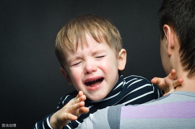 孩子发烧,除了退烧药还有哪些可以快速退烧的方法?看医生怎么说