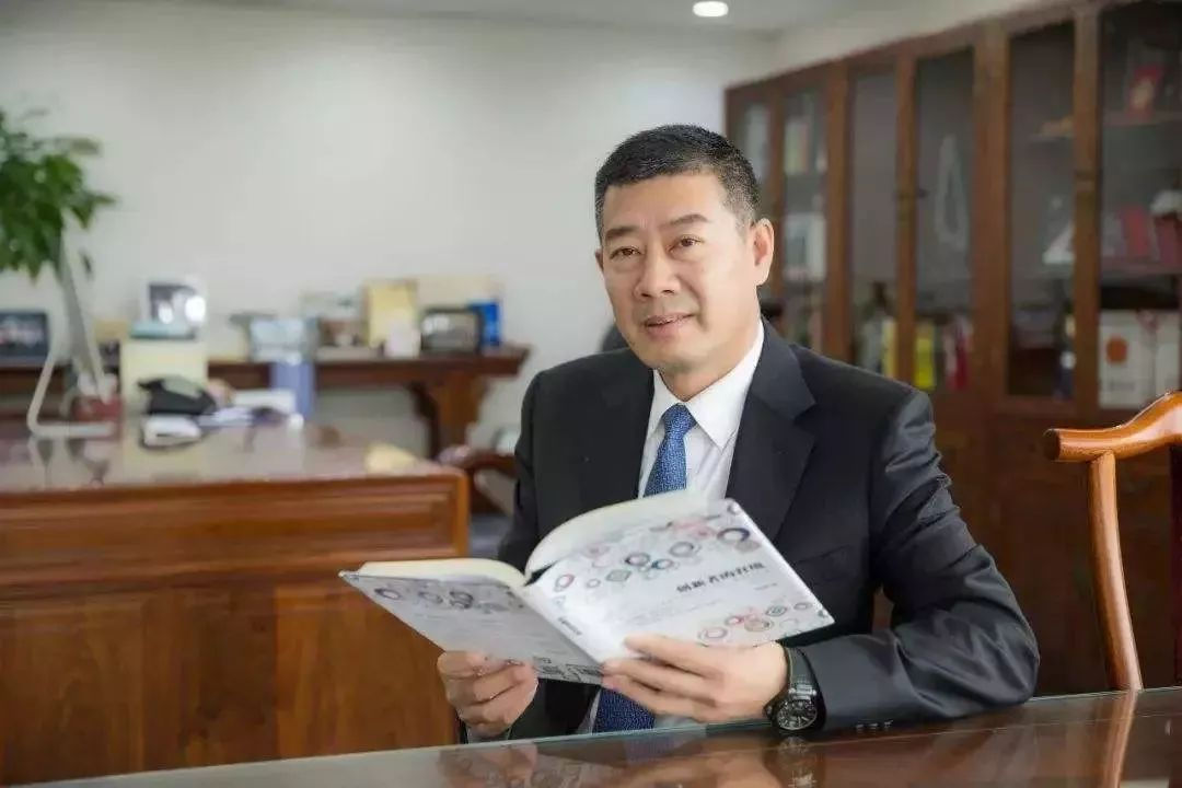 新世界董事长_董事长办公室图片
