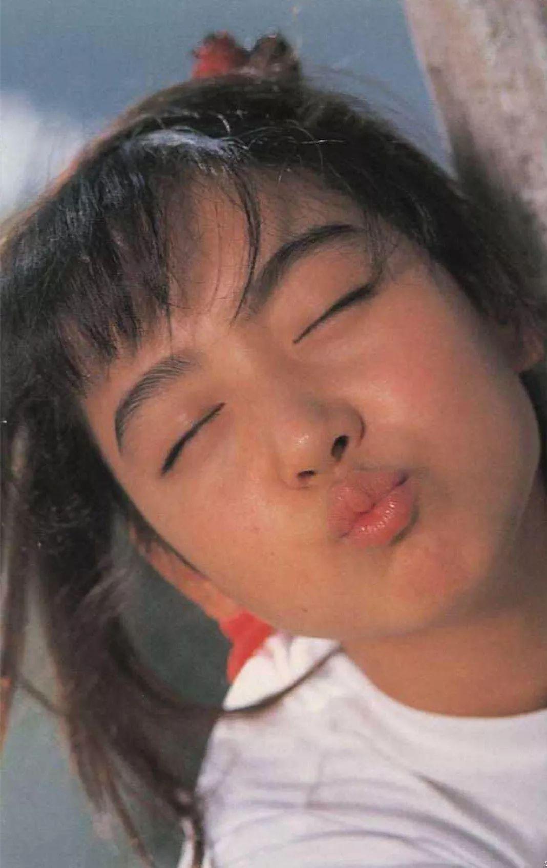 牧野沙绪里_这4 套经典日本少女写真,超!美!