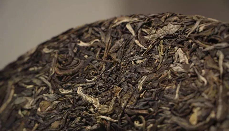 专家告诉你普洱茶生茶能放多久?