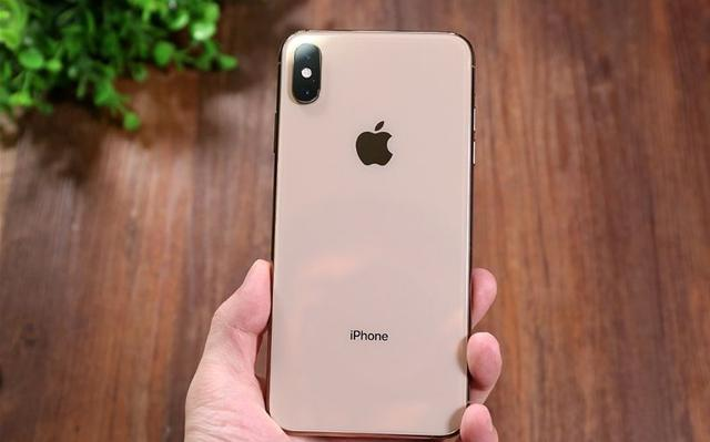 """苹果手机清仓了!发布半年顶级旗舰跌至冰点,但依然""""贵"""""""