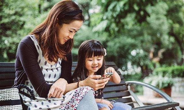 妈妈是我的第一个女人_原创一个中年二胎全职妈妈的深刻领悟:父母,或许是我此生最大的亏欠