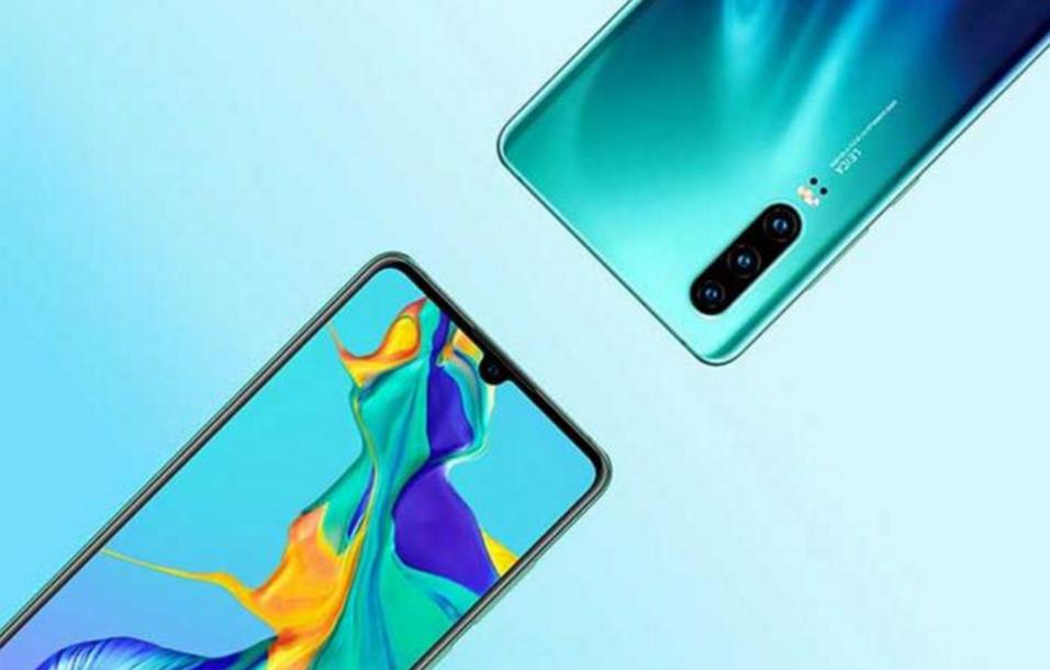 目前最值得购买的两款手机!看完价格和性能,哪款更让你心动?