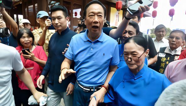 娱乐 正文  鸿海董事长,国民党初选参选人郭台铭,今(7)天早上前往台北
